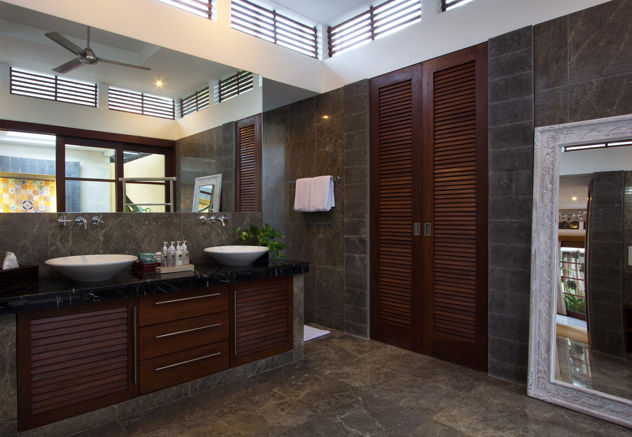 Luxurious Bathrooms Villa Zamaya Sanur Bali